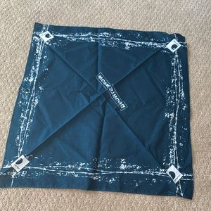 Carhartt bandanna